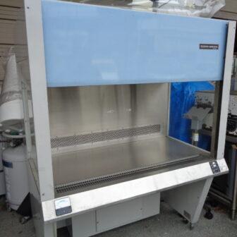 クリーンベンチ(気流垂直型)_日立_PCV-1301AE