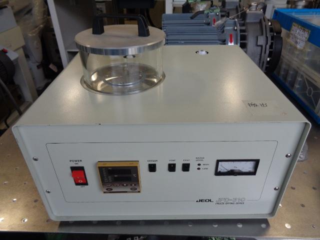 凍結乾燥装置(Freeze Drying Device)・JEOL・JFD-310