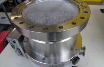 ターボ分子ポンプ・ファイファー(PFEIFFER)・TMU521